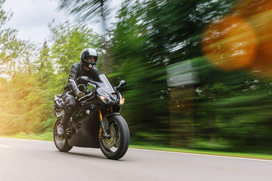 Un début de saison de moto bien planifié